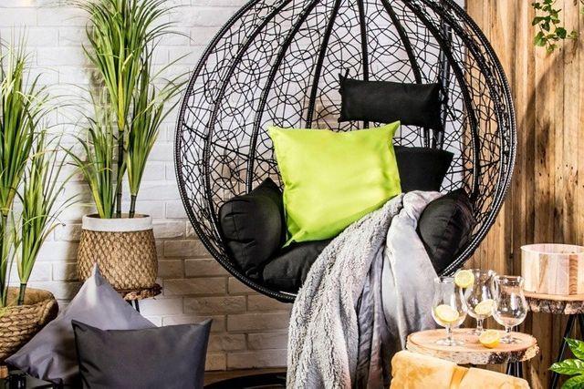 Jak modnie zaaranżować ogród, taras i balkon? Najnowsze trendy sezonu